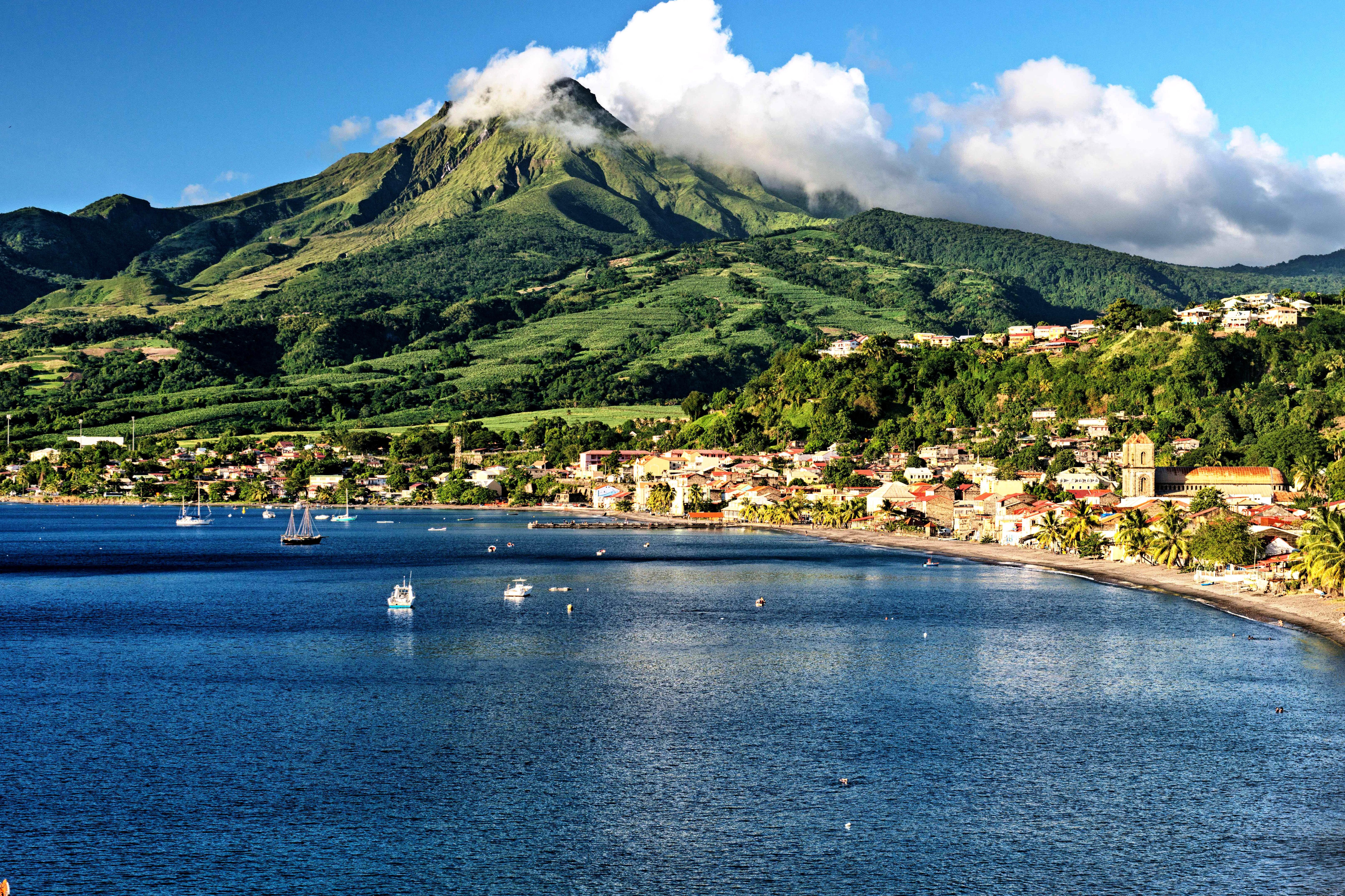 Остров Мартиника, особенности отдыха и достопримечательности
